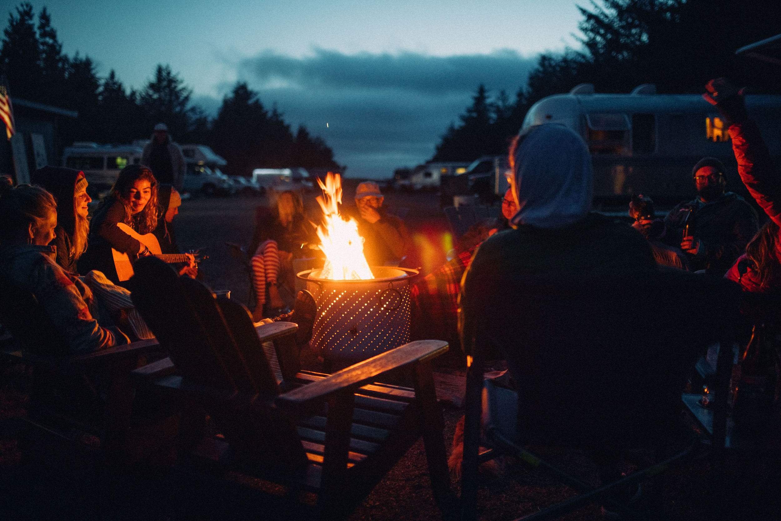 5 Campfire Activities to Play Next Time Your Fireside